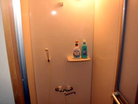 Wakayama-shower_room