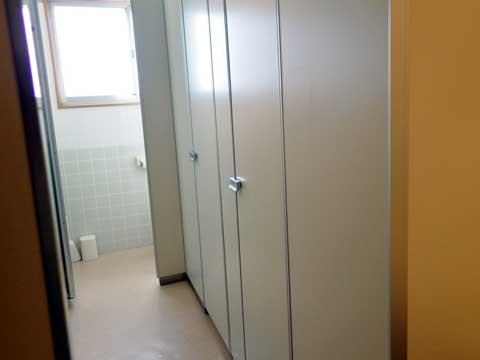 Nakagawa-toiletF2